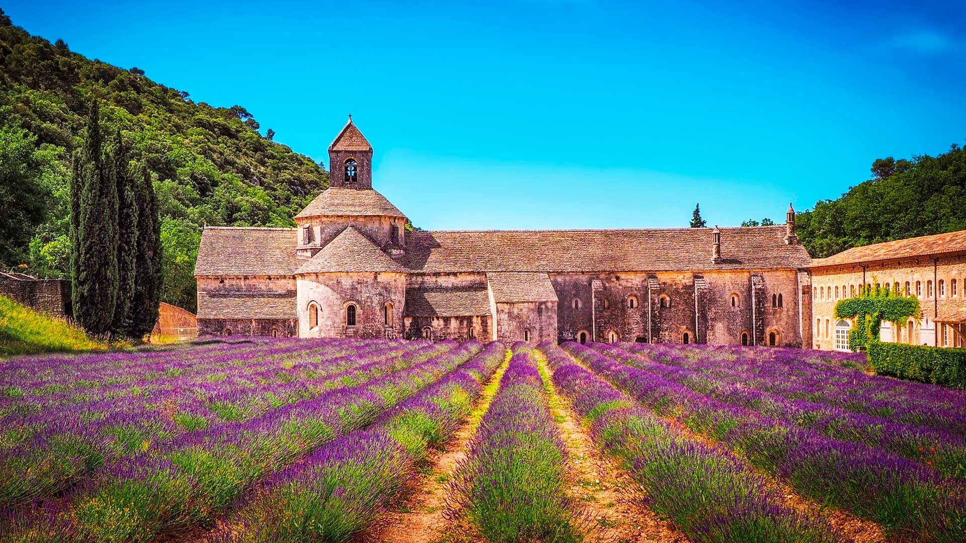 France Itinerary Sensorial journey in the heart of the Luberon